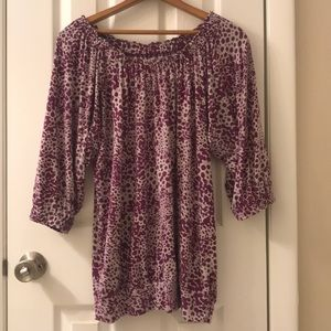 5/$25 Loft Purple and white cotton top size M